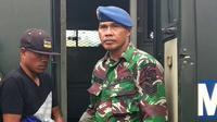 Pratu DAT, anggota TNI Kodim Mimika yang diduga menjual 600-an butir amunisi kepada KKB di Timika. (Liputan6.com/Katharina Janur)