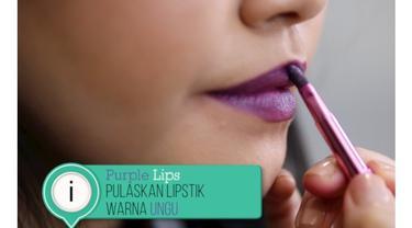 Inspirasi tampil beda di akhir pekan dengan pulasan lipstik warna ungu.