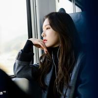 Di balik penampilannya yang selalu ceria di setiap saat, ternyata Irene Red Velvet adalah tipe orang yang Introvert. (Foto: koreaboo.com)