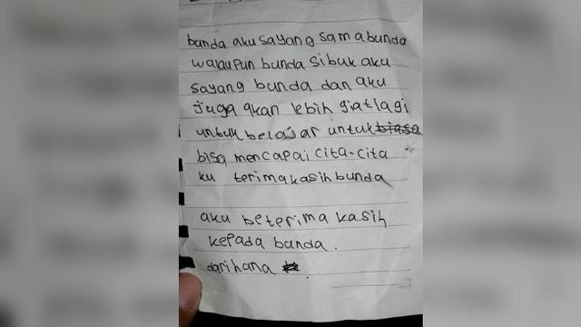Menyentuh Surat Penuh Kasih Sayang Dari Bocah Pada Ibunya