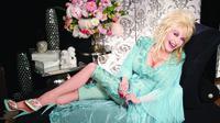 Dolly Parton (stardomreport.com)