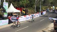 Metkel Eyob memenangkan etape keempat Tour d'Indonesia. (Liputan6.com/Adyaksa Vidi)