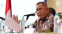 Menteri Pertahanan Ryamizard Ryacudu saat menjadi pembicara dalam seminar nasional di UGM, Yogyakarta, Selasa (19/12). Menhan menyampaikan materi tentang memahami ancaman, gangguan, hambatan, dan tantangan kedaulatan bangsa masa kini. (Liputan6.com/Juli)
