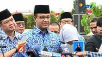 Satu bulan bekerja sendiri tanpa wakil, Gubernur DKI Jakarta Anies Baswedan, pasrahkan keputusan pada Ketum Gerindra, Prabowo Subianto.