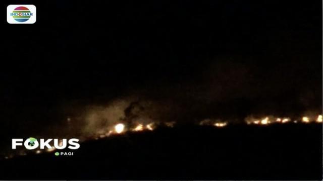 Kebakaran di lereng Gunung Lawu, Ngawi, Jawa Timur,  semakin meluas.