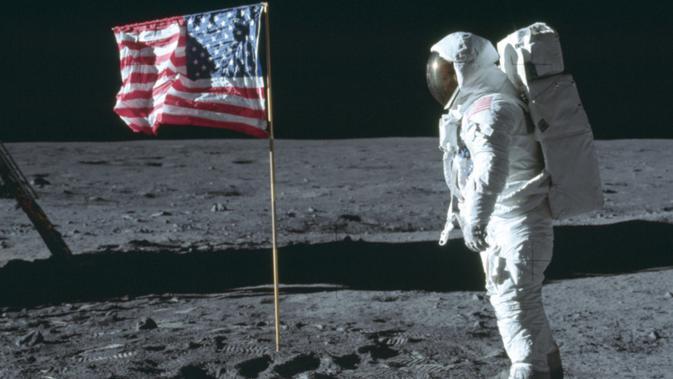 12-9-1962: Presiden AS John F. Kennedy Ajak Rakyatnya ke Bulan