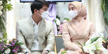 Hari pernikahan Lesti Kejora dan Rizky Billar nampaknya tinggal menghitung hari. Setelah melangsungkan acara lamaran pada 13 Juni 2021 lalu, kini keduanya mulai melakukan berbagai persiapan menuju hari pernikahan. (Budy Santoso/Kapanlagi)