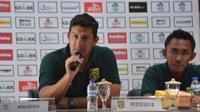 Pelatih Persebaya Surabaya Angel Alfredo Vera. (Liputan6.com/Dimas Angga P)