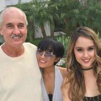 Cinta Laura bersama ibu dan ayahnya, Herdiana dan Michael Kiehl (Instagram/@claurakiehl)