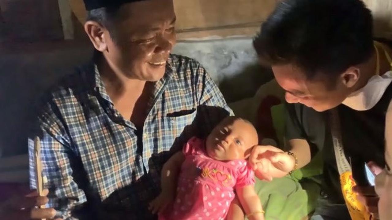 Baim wong Lunasi Utang Supir Angkot Di Rumah Sakit