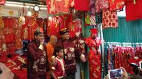 Gubernur DKI Jakarta Anies Baswedan saat menghadiri perayaan Imlek di Petak Sembilan, Jakarta Barat. (Liputan6.com/Delvira Chaerani Hutabarat)