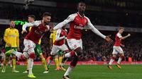 Pemain Arsenal Eddie Nketiah merayakan gol ke gawang Norwich City pada putaran keempat Piala Liga Inggris di Stadion Emirates, London, Selasa (24/10/2017). (AFP/Ben Stansall)