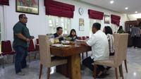Ahok bertemu Ketua DPRD Prasetio Edi Marsudi di kediamannya, Jalan Imam Bonjol, Jakarta Pusat.(Www.sulawesita.com)