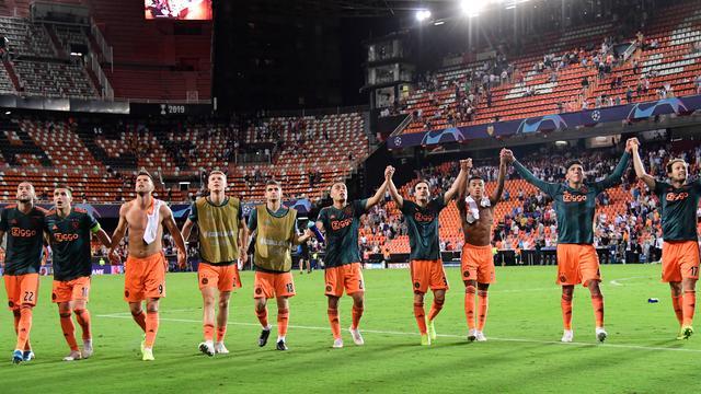 Ajax Amsterdam Permalukan Valencia di Mestalla