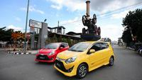 New Toyota Agya kelir kuning paling diminati konsumen. (ist)