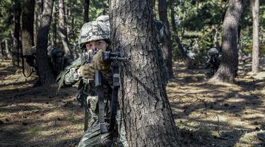 Unggahan Korps Marinir tentang Minho SHINee. (Instagram/ rokmchq)