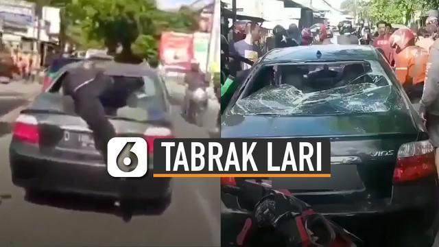 Aksi heroik diperlihatkan oleh seorang pria yang sedang mengejar sebuah mobil yang diduga lakukan tabrak lari.