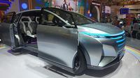 Mobil konsep Daihatsu Hy-Fun menghiasi panggung GIIAS 2019. (Arief / Liputan6.com)