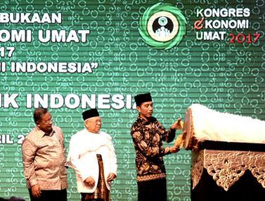 Pesiden Jokowi Buka Kongres Ekonomi Umat di Jakarta