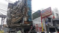 Ruko di Palmerah, Jakarta Barat ambruk. (Dok Istimewa)