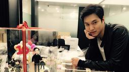 Bahkan beberapa minggu setelah putus, Suzy dan Lee Min Ho sempat dikabarkan kembali berpacaran. Memang Lee Min Ho sedang tidak aktif di dunia hiburan. (Foto: instagram.com/actorleeminho)