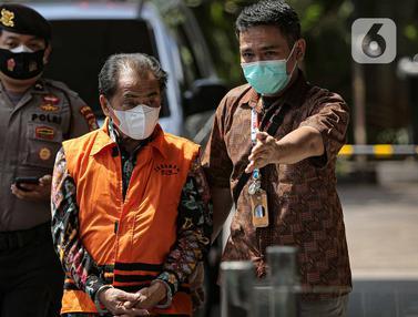 Bupati Banjarnegara Budhi Sarwono Kembali Menjalani Pemeriksaan di KPK