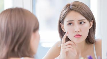 6 Alasan Kondisi Kulit Wajah Tiba-Tiba Memburuk - Beauty Fimela.com