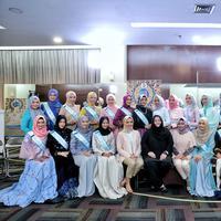 Malam puncak penganugerahan Puteri Muslimah Indonesia 2017 akan digelar 8 Mei 2017. Proses seleksi dilaksanakan di sembilan kota se-Indonesia. Sekitar 5000 gadis mengikuti audisi ini. (Adrian Putra/Bintang.com)