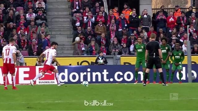 Berita video free kick indah dari pemain buangan Borussia Dortmund, Milos Jojic, untuk FC Koln. This video presented by BallBall.