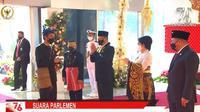 Presiden Jokowi datang ke Gedung MPR/DPR menghadiri sidang tahunan MPR, Senin (16/8/2021). (dok)