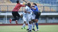 Persib Bandung menggelar gim internal yang berakhir dnegan skor 0-0 di Stadion Gelora Bandung Lautan Api (GBLA), Kota Bandung, Sabtu (29/5/2021) sore