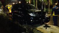 Mobil yang digunakan tersangka e-KTP, Setya Novanto, saat kecelakaan. (Istimewa)