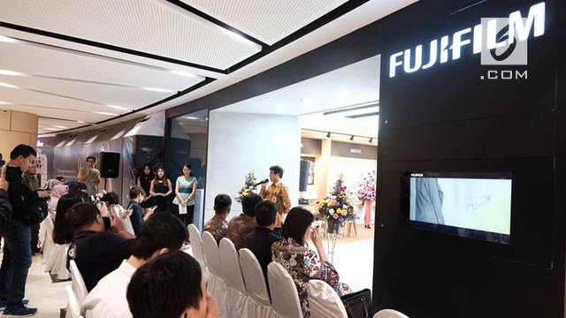 Fujifilm Showroom Surabaya