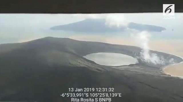 Humas BNPB Sutopo Purwo Nugroho mengunggah penampakan Gunung Anak Krakatau setelah sempat mengalami erupsi.