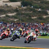 MotoGP Valencia semalam menyisakan banyak komentar netizen di media sosial Twitter.