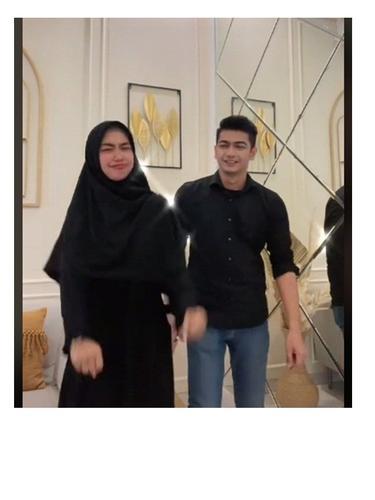 7 Potret Ria Ricis dan Teuku Ryan, Dikabarkan Dilamar pada September 2021