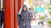 Tampilan Pakaian Anisa Rahma yang Stylish (dok.Instagram@anisarahma_12/https://www.instagram.com/p/B0feiA5BCas/Devita Nur Azizah