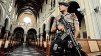 Personel khusus juga akan mengamankan gereja besar di Jakarta, seperti Gereja Immanuel dan Katedral.