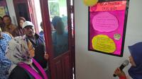 Menkes Nila Moeloek ketika berkunjung ke Pos Gizi di Desa Haya-haya, Gorontalo. (Foto: Liputan6.com/Fitri Haryanti Harsono)