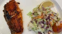 Menu salmon guriru. (dok. Hokben/Dinny Mutiah)