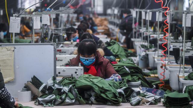 Tantangan Dan Peluang Ekonomi Di Tengah Pandemi Corona Bisnis