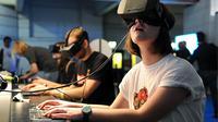 Buat kamu para gamers sejati, yuk simak review perangkat canggih Oculus Rift dalam video berikut ini.