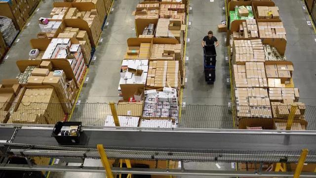 Kisah Miris Pekerja Di Gudang Barang Milik Amazon Bisnis Liputan6 Com