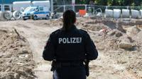 Polisi Jerman mengamankan temuan bom di Jerman. (AFP)
