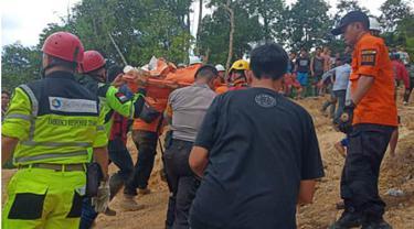 Detik-Detik Tambang Emas di Bolmong Runtuh