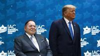 Raja Judi Sheldon Adelson dan Donald Trump. Adelson adalah sosok terkaya di dunia judi. Dok: AP Photo/Patrick Semansky