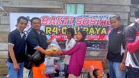 Innova Community chapter Palembang saat bakti sosial