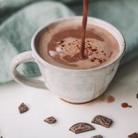 coklat hangat/copyright: unsplash/maddi bazzocco