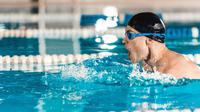 Berenang, Cara Praktis untuk Cegah Keparahan Gejala Asma (LightField Studios/Shutterstock)