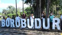 Gubernur Jawa Tengah Ganjar Pranowo di wisata Candi Borobudur, Rabu (10/6).